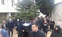 Πλήθος πιστών στην Εξόδιο Ακολουθία της Καθηγουμένης της Ιεράς Μονής Αγίου Χαραλάμπους - Λευκών Ευπραξίας