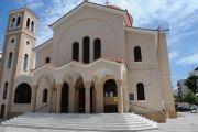 Οι καπνοί που έβγαιναν από το Ιερό Ναό Παμμέγιστων Ταξιαρχών στη Χαλκίδα αναστάτωσαν τους περίοικους