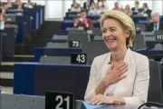 Με 383 ψήφους υπέρ, το Ευρωπαϊκό Κοινοβούλιο εξέλεξε την Ursula von der Leyen Πρόεδρο της Ευρωπαϊκής Επιτροπής με μυστική ψηφοφορία στις 16 Ιουλίου