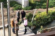Στις πλημμυρισμένες περιοχές της Χαλκίδας σήμερα ο καθηγητής Ευθύμης Λέκκας συνοδευόμενος από το δήμαρχο Χρήστο Παγώνη